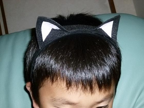 すべての折り紙 折り紙 ネコ : フェルトでネコ耳カチューシャ ...