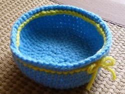 かぎ針編み作品かご