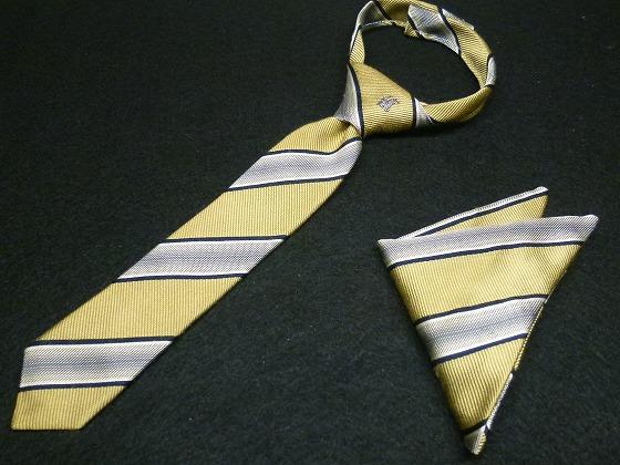 チビネクタイとポケットチーフ