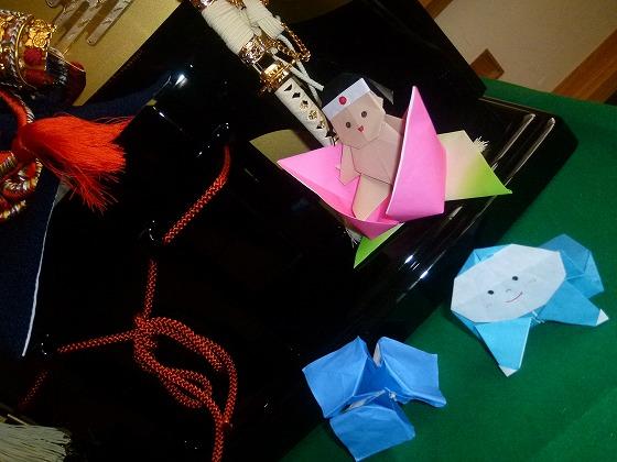 桃太郎の折り紙